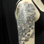 Aig-BlueTattoo-Eiffeltoren-arm